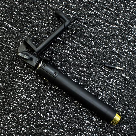 selfi-stik-s-3-5-mm-kabel-78-sm-cheren-zlaten-topcase